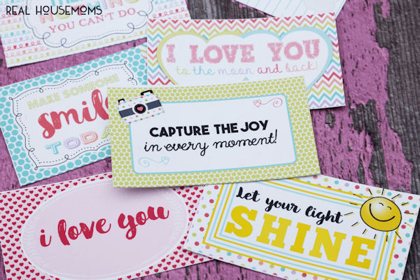 Let your children know that you are thinking of them while they are at school by adding Printable Lunch Box Notes to their bag lunch!