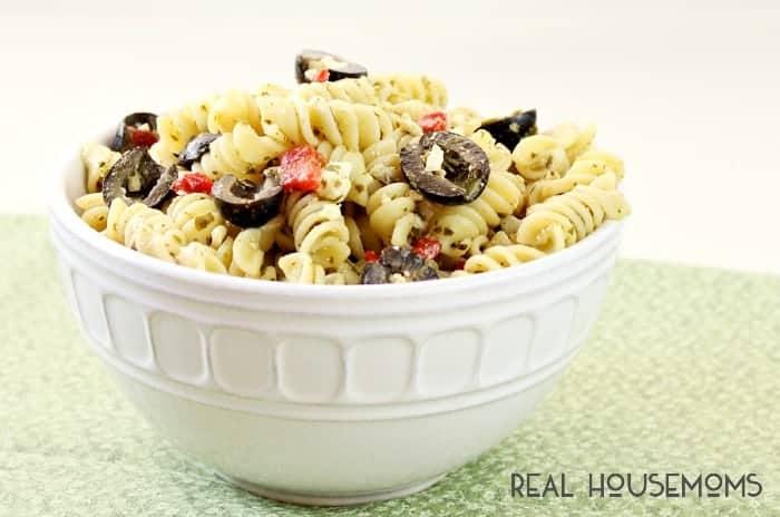Pesto-Pasta-Salad-FEAT 2