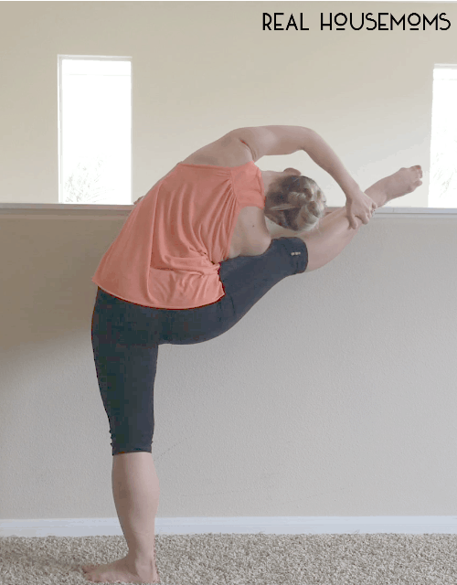 Get ready to stretch it out with part 3 of our ballet fit series. This time we're talking all about stretching and flexibility!