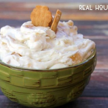 No Bake Apple Cheesecake Dip
