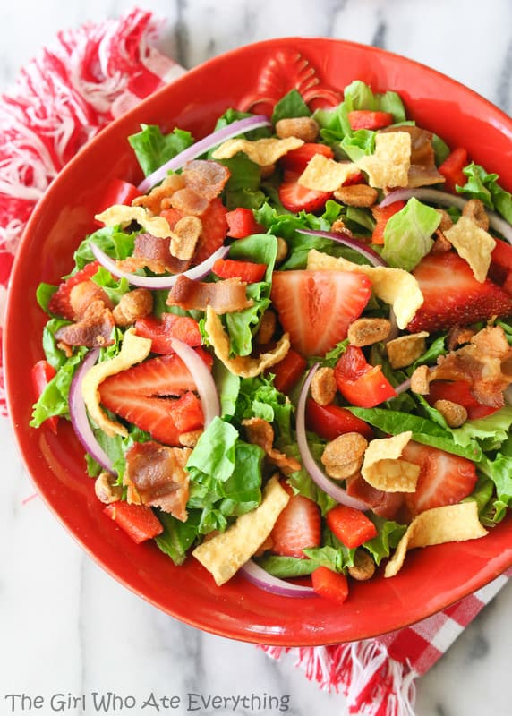 Strawberry Wonton Spinach Salad - The Girl Who Ate Everything