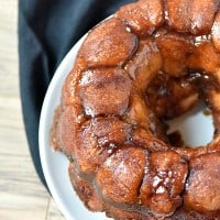 Apple Pie Stuffed Monkey Bread is totally going to be my Thanksgiving breakfast!
