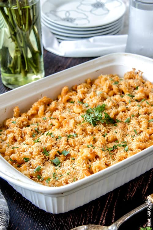 Creamy, cheesy, intoxicatingly delicious Buffalo Macaroni and Cheese is guaranteed to be a family favorite and YOUR favorite with less than 10 minute prep AND its lightened up!