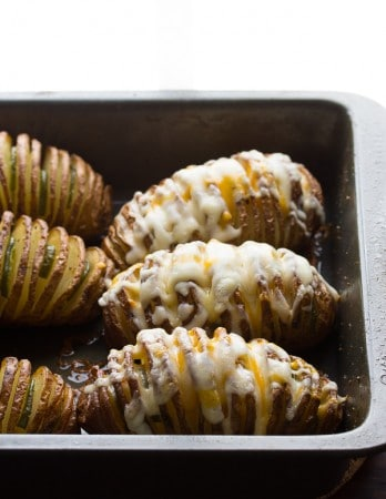 Cheesy-Jalapeño-Hasselback-Potatoes-with-Avocado-Cream-Sauce-4