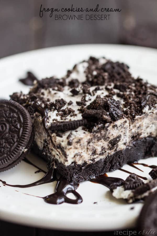 Frozen Cookies and Cream Brownie Dessert - The Recipe Critic
