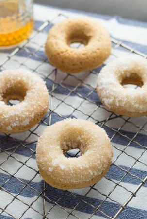 Bourbon-Sugared-French-Toast-Donuts-3