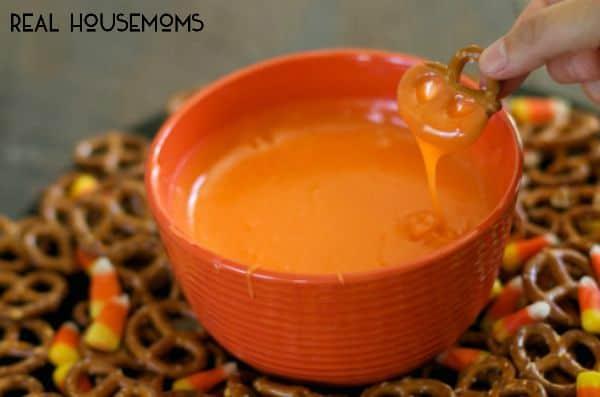 Slow Cooker Candy Corn Fondue l Real Housemoms