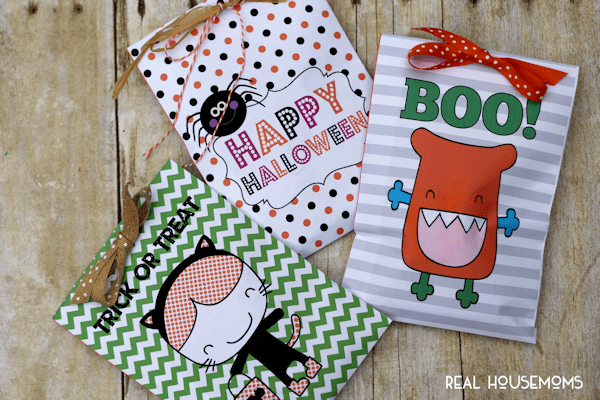 Printable Halloween Treat Bags are perfect for classroom Halloween parties!