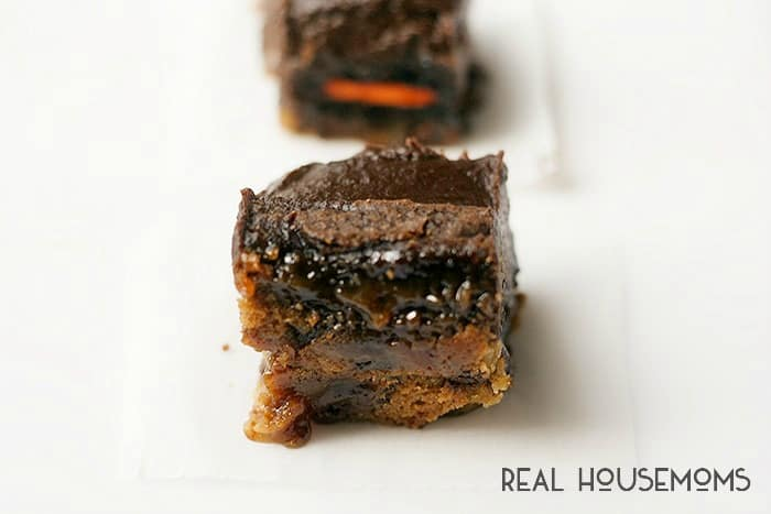 Slutty Pumpkin Brownies are taken a whole new level with a thick gooey layer of salted caramel, becasue if you are going to indulge you may as well really indulge!