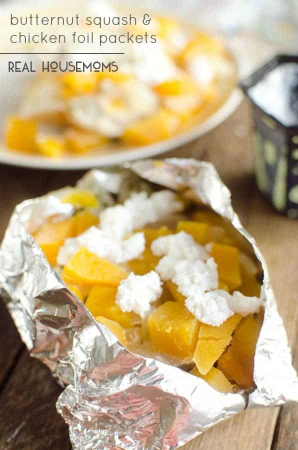 BUTTERNUT SQUASH & CHICKEN FOIL PACKETS are an easy and healthy fall dinner you can make ahead to throw on the grill or pop in your oven!