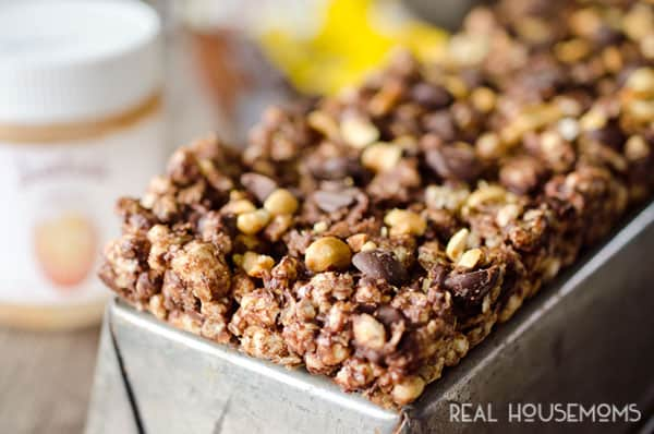 LIGHT CHOCOLATE PEANUT BUTTER BARS are an easy no-bake treat perfect for getting your chocolate fix while eating healthy with an added boost of protein!