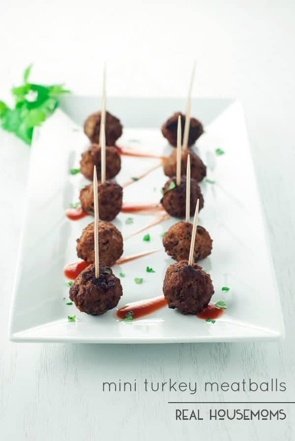 Perfectly popable, whip up these super flavorful MINI TURKEY MEATBALLS for your next holiday party!