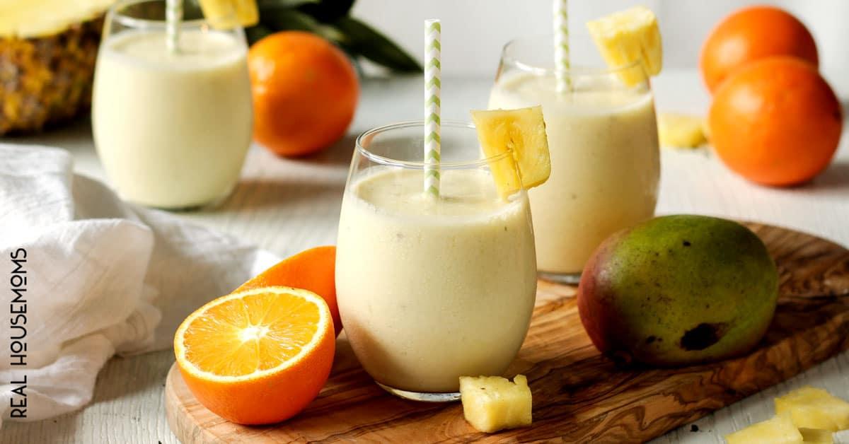 Skinny Tropical Pineapple Smoothie ⋆ Real Housemoms