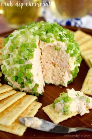 crab_dip_cheeseball