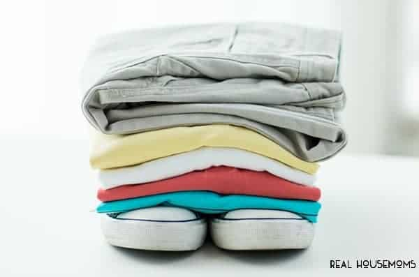 Laundry has always been one of the chores I hate the most until recently when I discovered a better way to do it! These LAUNDRY TIPS THAT WILL CHANGE YOUR LIFE make things much less dreadful when it's time to get things done!