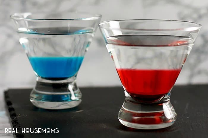 Are you a jedi or sith? Choose your side of the force with delicious LIGHTSABER MARTINIS!