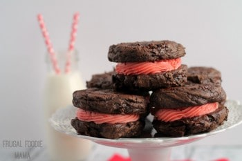 Cherry-Cordial-Cookiewiches-2
