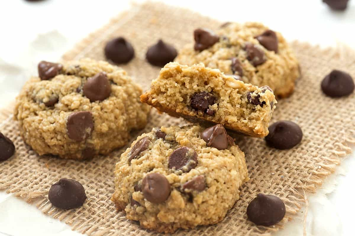Flourless Chocolate Chip Cookies ⋆ Real Housemoms