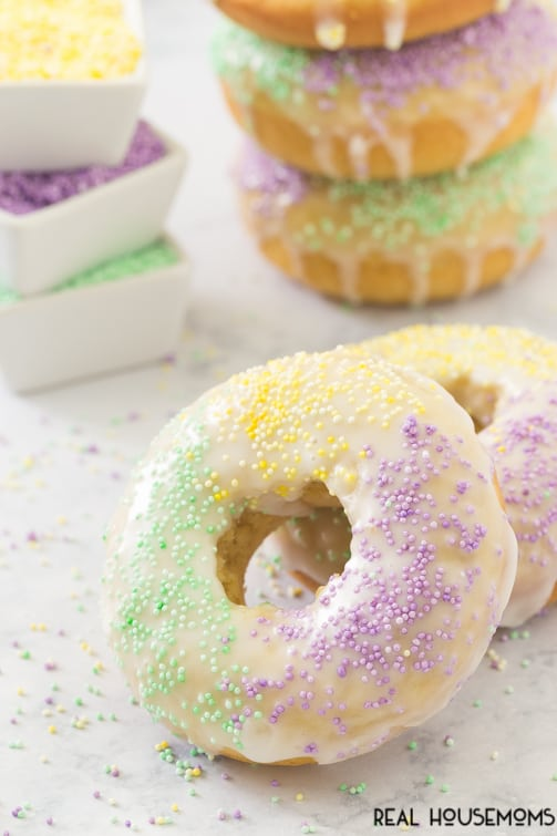 Start your Mardi Gras celebration with these KING CAKE DONUTS. Just be sure to enjoy no later than Fat Tuesday!