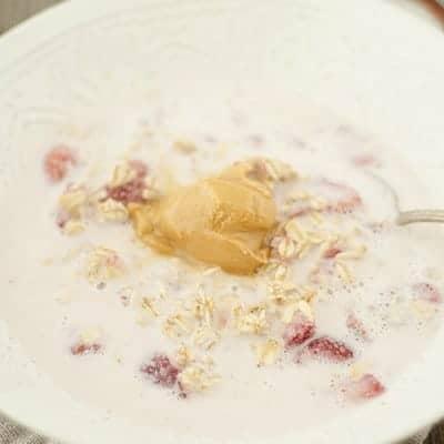 Peanut Butter & Jelly Overnight Oats