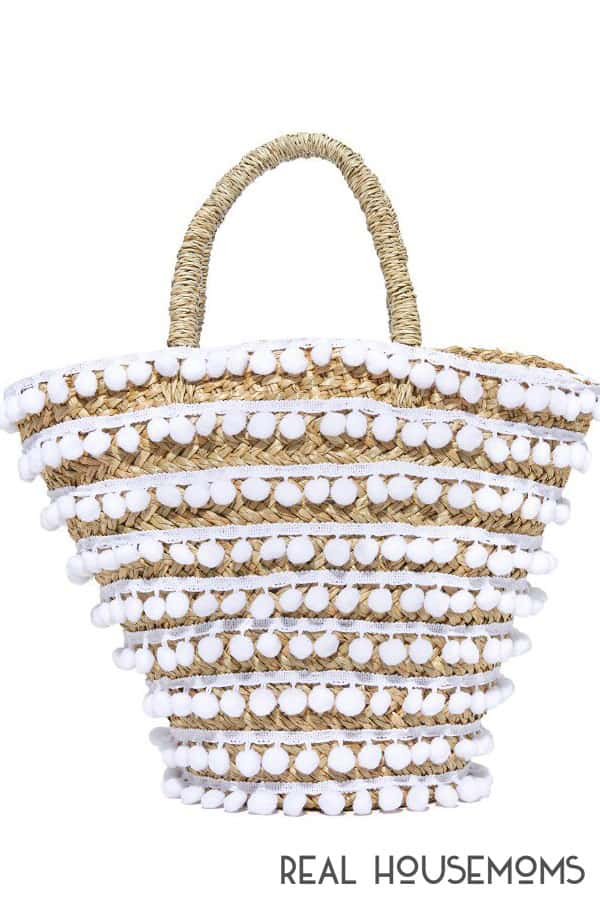 Tips to update your summer tote with pom poms