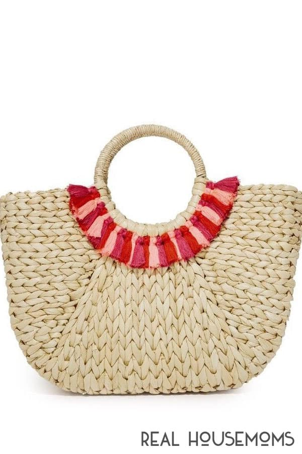 Tips to update your summer tote with tassels