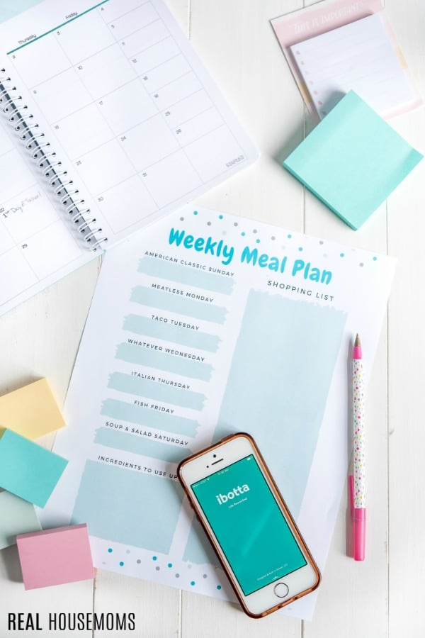themed meal plan printable with shopping list and phone