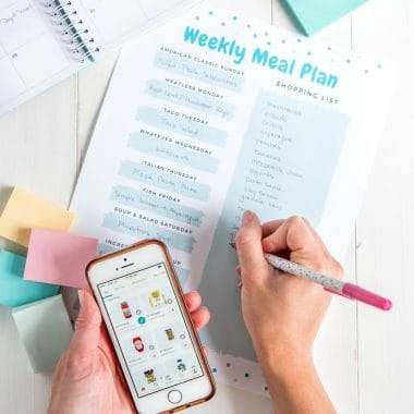Feeding your family doesn't have to be stressful, time-consuming, or expensive. Follow these 5 Simple Meal Planning Tips to Save Time, Money & Sanity!