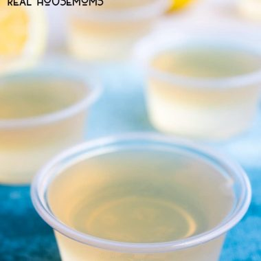 ARNOLD PLAMER JELLO SHOTS are a classic summer drink turned fun party shot!