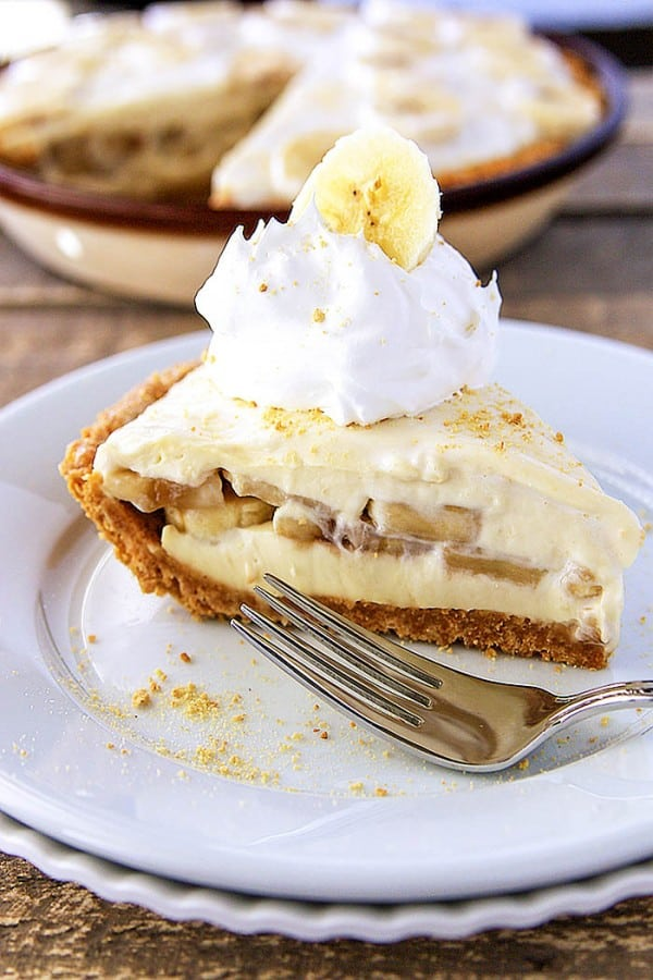 Banana Pudding Cheesecake - Lil' Luna
