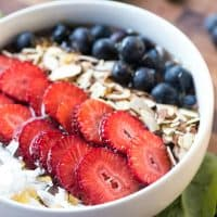 This Berry Smoothie Bowl is a delicious and filling meal to start your day off right!