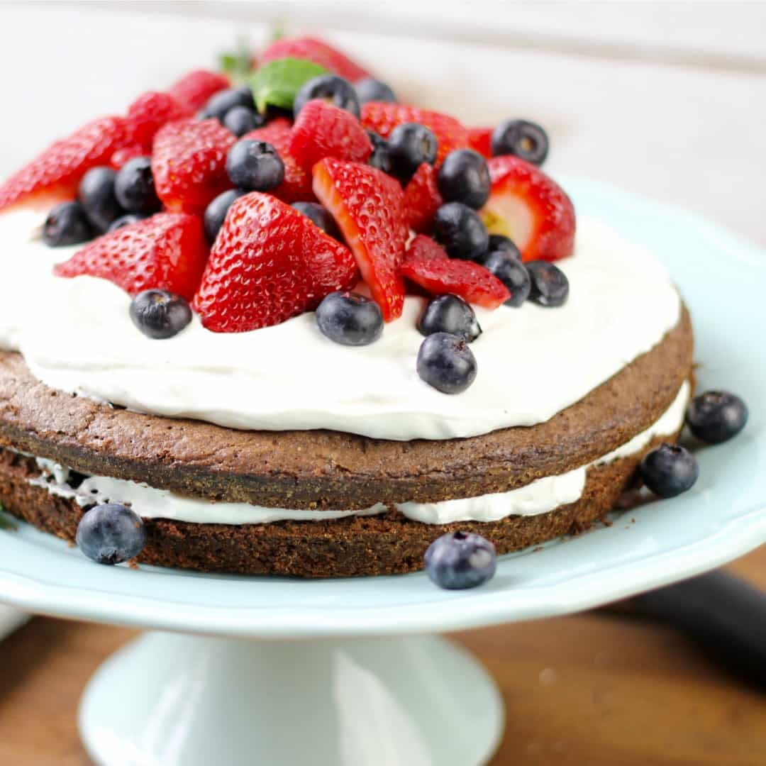 Looking for an easy dessert that's perfect for a crowd? Try Brownie Strawberry Shortcake with its layers of fudgy chocolate brownie, creamy center, and it's all topped with berries. Yum!