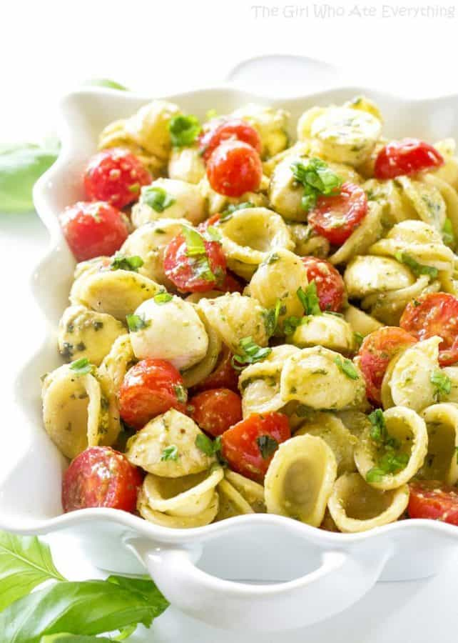Caprese Pesto Pasta Salad - The Girl Who Ate Everything