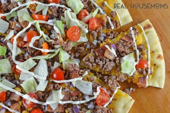 Cheeseburger Pizza is an easy appetizer or meal solution that everyone in the family will love! The only question is… what do you like on your burger?