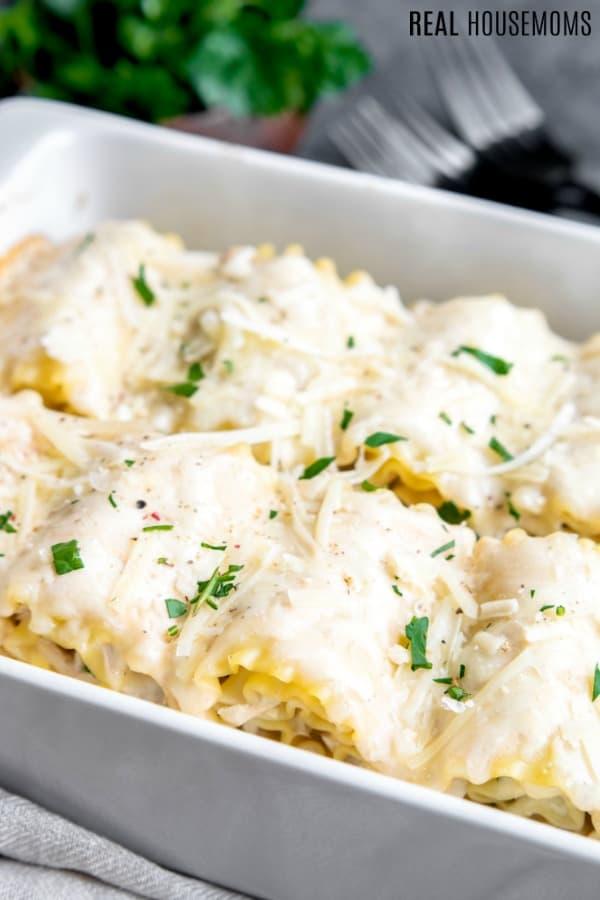 Chicken Alfredo Lasagna Roll Ups ⋆ Real Housemoms