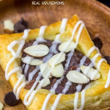 Who doesn't love an easy and quick breakfast! These Chocolate Almond Danishes are a fast fix family favorite treat that the whole family will enjoy!