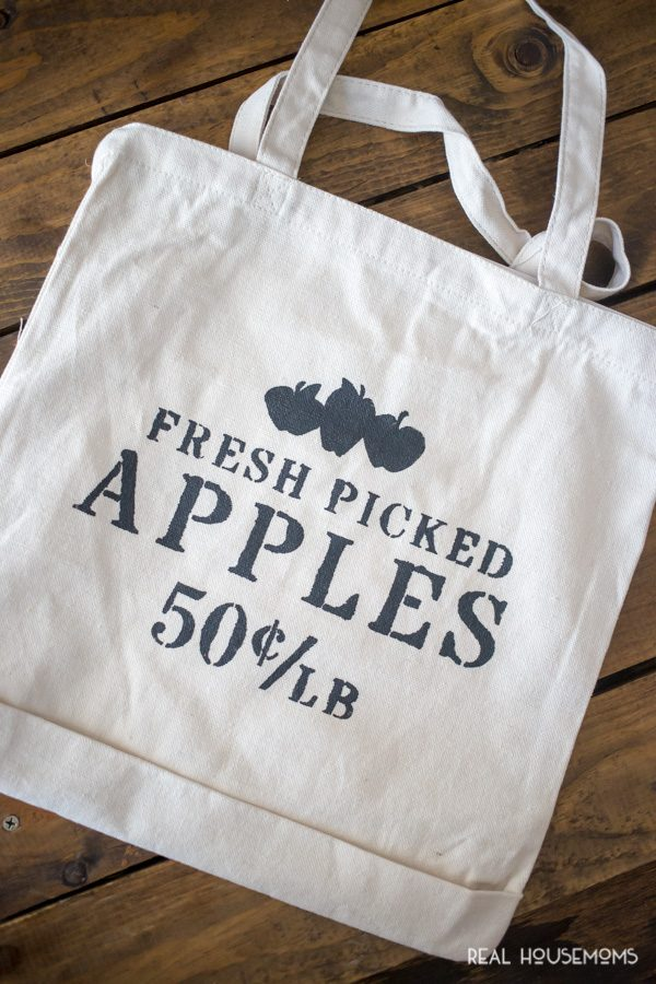 Finisihed DIY Apple Picking Tote