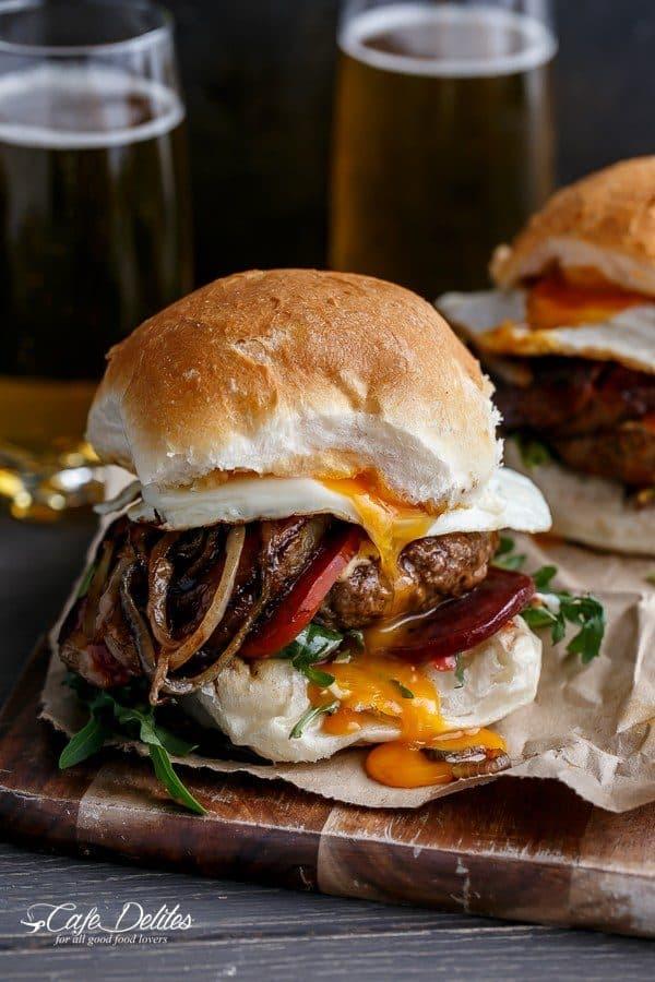 drunken-aussie-beef-burgers-cafe-delites