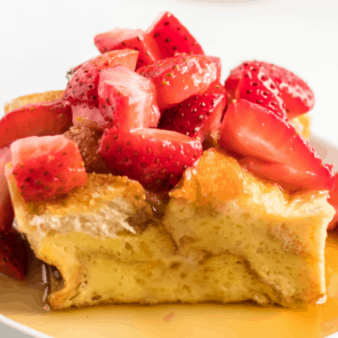Easy French Toast Bake with Fruit is perfect for weekend and holiday breakfast! Make it the night before and pop in the oven the next morning!