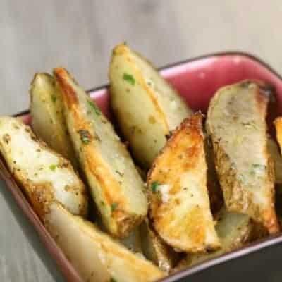 Garlic Ranch Potato Wedges