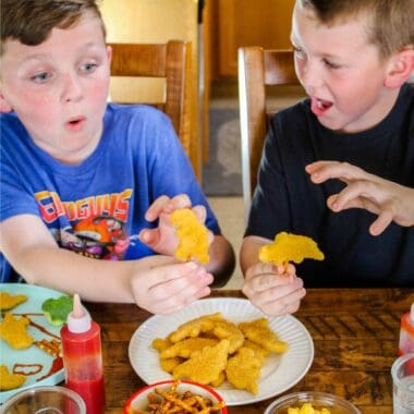 Your kids will think you're extra cool when you learn How To Create Fun Mealtime Memories! Whether they're 2 or 12, these meals will become a fond memory!