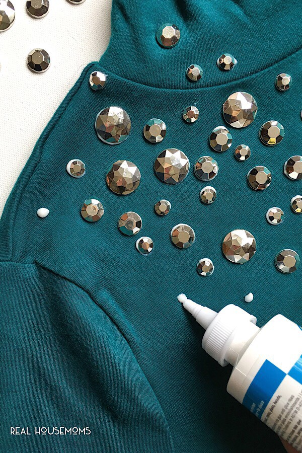 DIY Embellished Tee - Perfect Way to Add little Sparkle to your holiday wardrobe