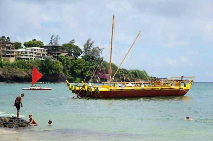 in-content-kauai-canoe