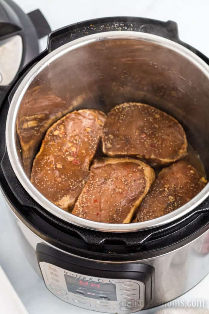 marinated pork chops in an instant pot
