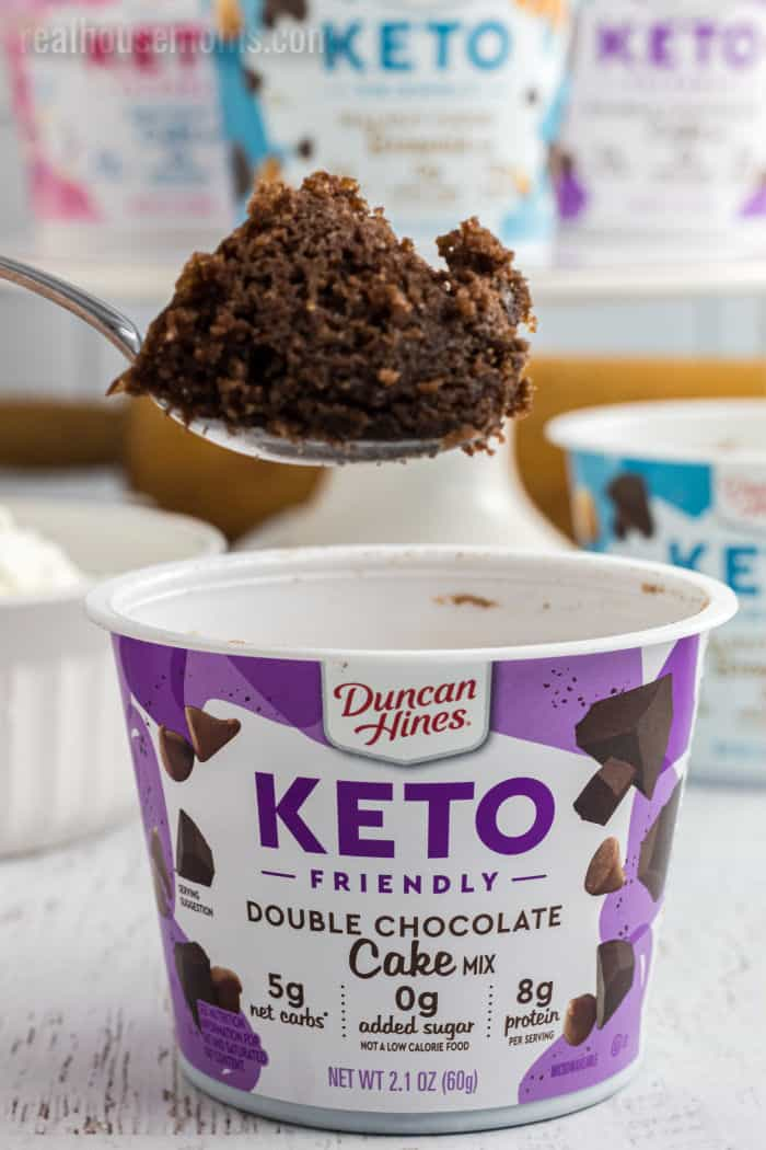 spoonful of double chocolate duncan hines keto friendly mug cake