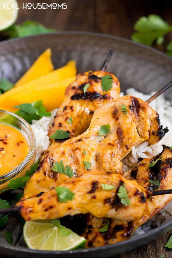 Cook up some yummy Thai food in your own backyard with these sweet and tender MANGO CHICKEN SKEWERS!