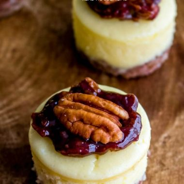 Mini Chocolate Pecan Pie Cheesecake