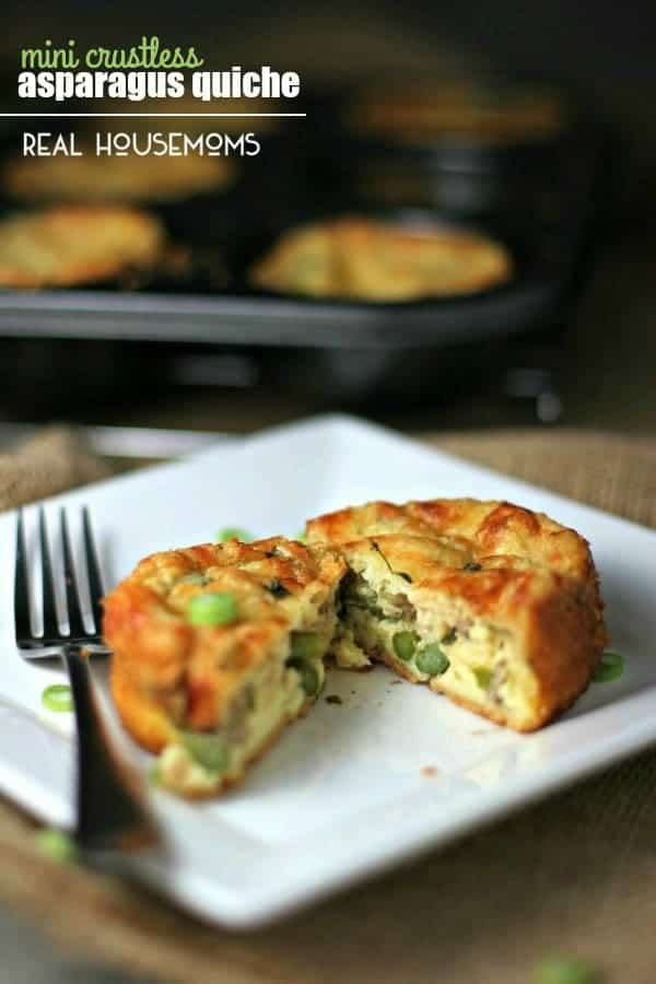 MINI CRUSTLESS ASAPARAGUS QUICHE are a personal sized breakfast that are petite in portion & big on flavor!