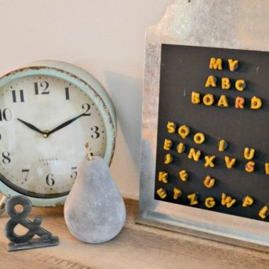 Keep the kids learning all summer long with their own MY ABC BOARD KIDS CRAFT PROJECT!