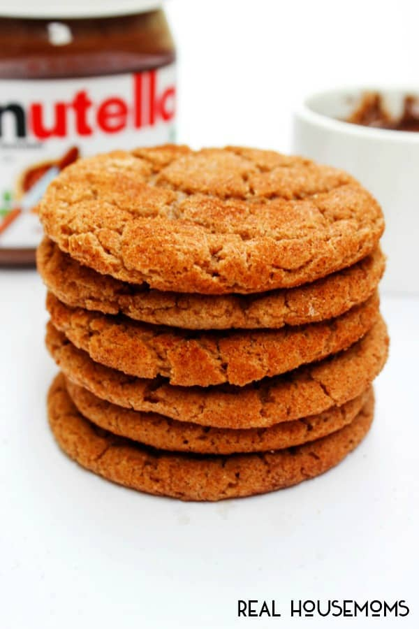 NUTELLA SNICKERDOODLES combine my favorite cookie with my favorite hazelnut spread making this cookie crave-worthy!